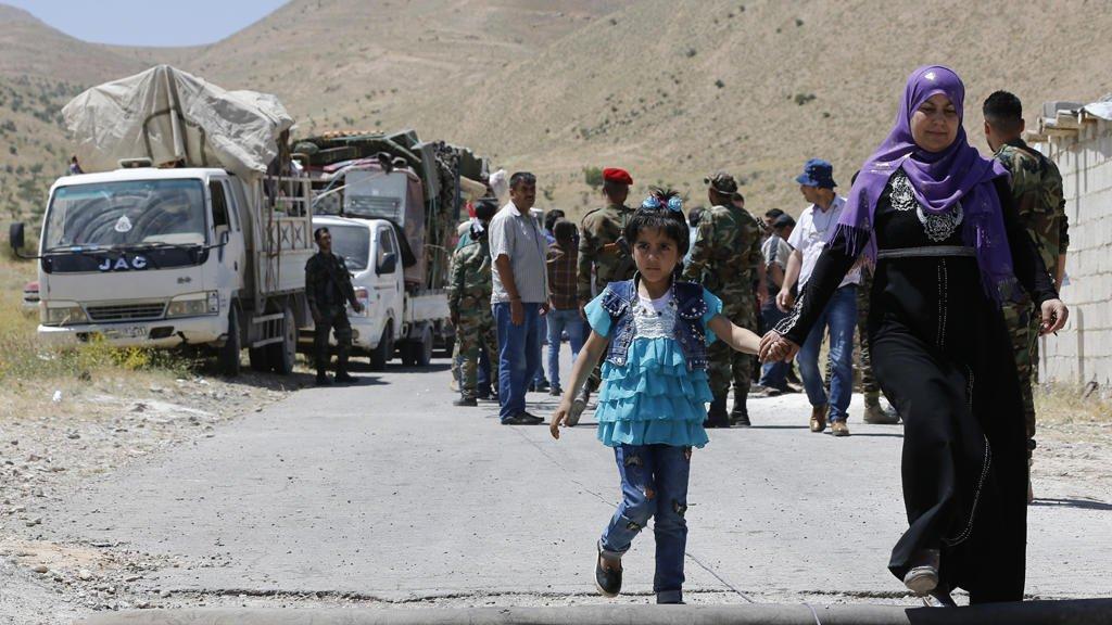رويترز     |لاجئون سوريون
