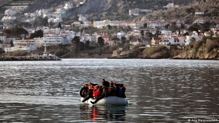 The Greek island of Lesbos is where many migrants arrive from Turkey by crossing the Aegean Sea | Photo: A. Messinis/AFP