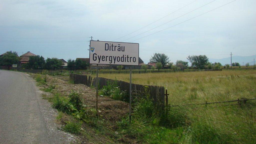 La ville de Ditrau, en Roumanie. Photo : Wikimedia Commons