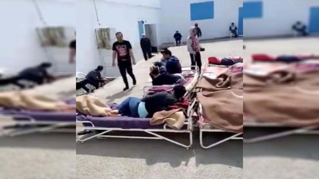 """Des dizaines de migrants sont retenus """"illégalement"""" dans un centre de la banlieue de Tunis. Crédit : DR"""