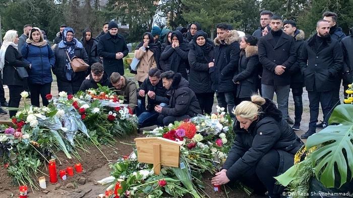 یک مرد راستگرای آلمانی در شهر هاناو آلمان دست کم ۹ فرد دارای پیشینه مهاجرت را به تاریخ ۱۹ فبروری ۲۰۲۰ به قتل رساند