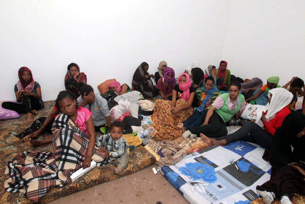 African migrants in their dormitory at a detention center, in Zawiya, 50 km west Tripoli, Libya | Photo: ARCHIVE/EPA/SABRI ELMHEDWI