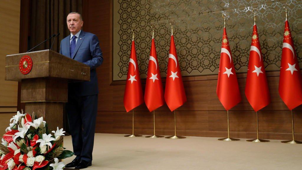 (رويترز) |رجب طيب أردوغان خلال اجتماع في انقرة يوم 24 أكتوبر 2019