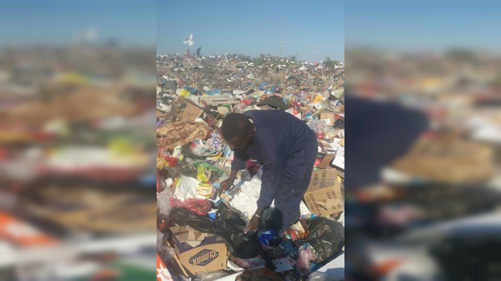 أعيش في مكب النفايات هذا منذ 2017، المفوضية لم تقدم لي شيئا. الحقوق محفوظة
