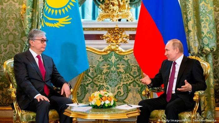 قاسم جومارت توکایف، رئیس جمهور قزاقستان با پوتین رئیس جمهور روسیه (آرشیف)