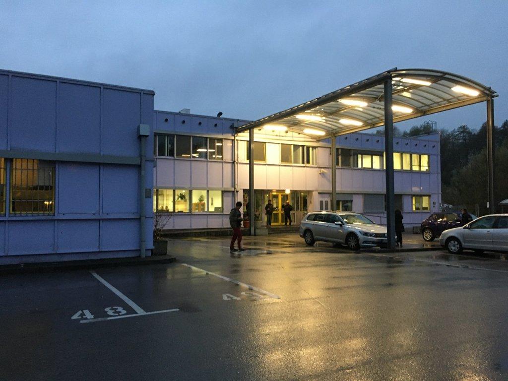 L'entrée du centre de demandeurs d'asile de Vic. Crédit : InfoMigrants