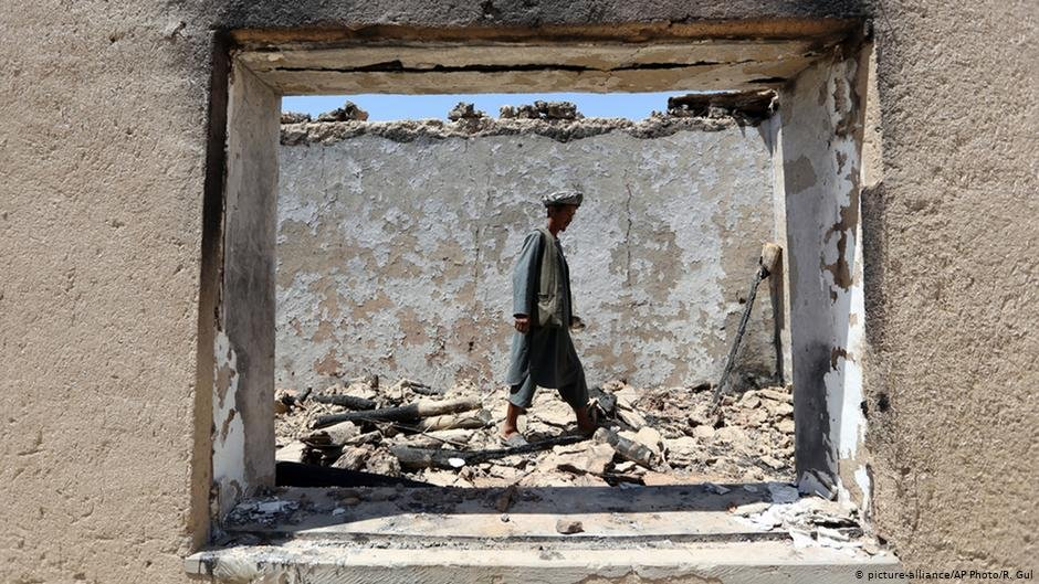 Decades of war and conflict have left large swathes of urban areas uninhabitable | Photo: picture-alliance/AP Photo/R. Gul