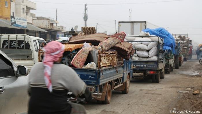 عمليات القصف أدت إلى تهجير أكثر من 80.000 شخص من محافظة ادلب