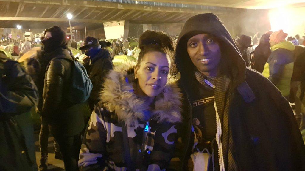 Kalikdan et un ami rencontré au campement de la Chapelle évacué le 29 janvier 2019. Crédit : Anne-Diandra Louarn / InfoMigrants