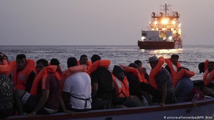 picture-alliance/dpa/AP/R. Brito |مهاجرون يرون معاناتهم والمعاملة اللإنسانية في ليبيا ولماذا يفضلون الموت غرقا في المتوسط على البقاء في ليبيا