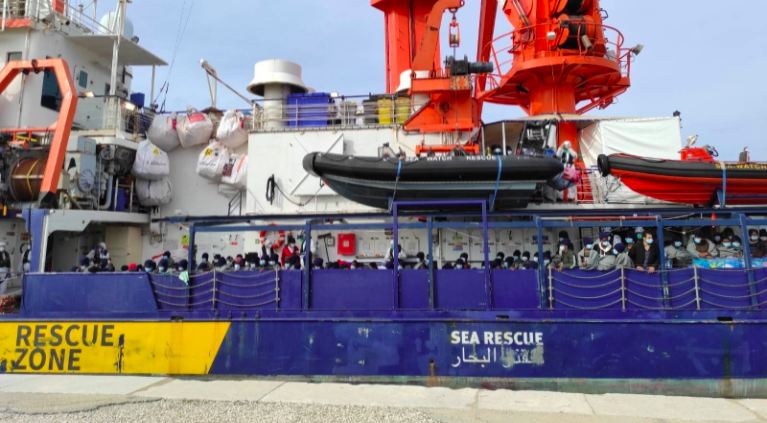 Sea-Watch 4 arrived in Trapani, Sicily on Tuesday, May 4, carrying 454 rescued passengers | Source: Screenshot from Sea-Watch @seawatchcrew (Twitter)