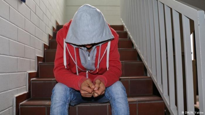 الصدمات النفسية والاكتئاب تدفع إلى اليأس ويمكن أن تؤدي إلى انتحار اللاجئ