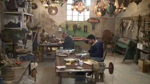 حرفيون سوريون في مهمة لإنقاذ الصناعات التقليدية من الاندثار