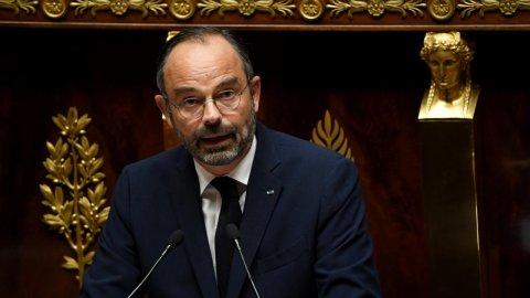 رئيس الوزراء الفرنسي إدوار فيليب يقترح عددا من خطط العمل خلال مناقشة مشروع قانون الهجرة في الجمعية الوطنية الفرنسية