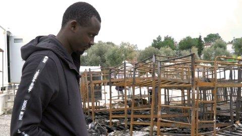 Des milliers de migrants vivent toujours à Lesbos, dans des conditions déplorables.