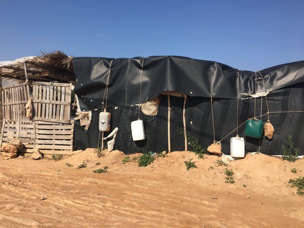 Un abri de fortune dans un camp informel de la région d'Almería, en 2018. Crédit : InfoMigrants