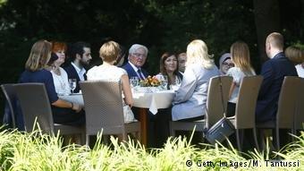 اجتماع شتايماير مع أجانب ومهاجرين