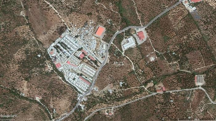 Google Earth satellite image: Moria reception center on Lesbos, summer 2018. | Source: Google Earth