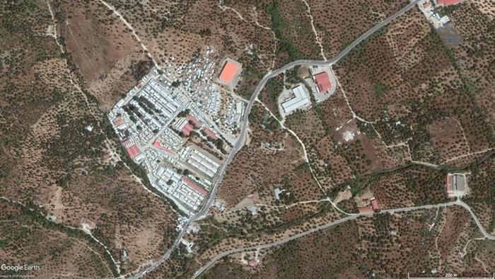Google Earth satellite image: Moria reception center on Lesbos, summer 2018. | Source: Google Earth