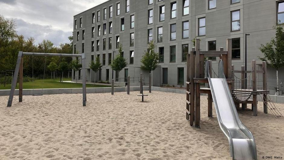 Many asylum seeker centers in Germany lack play areas as nice as this one | Photo: DW/J. Matta