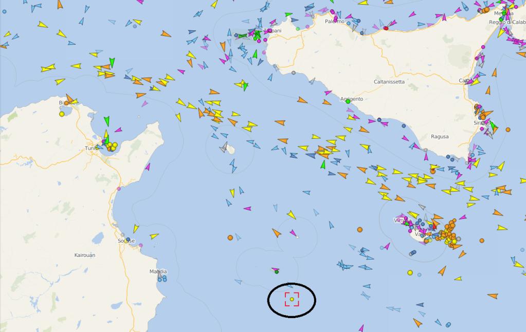 Le Alan Kurdi tait situ en milieu daprs-midi proche de lle de Lampedusa Crdit  Capture dcran Vessel Finder