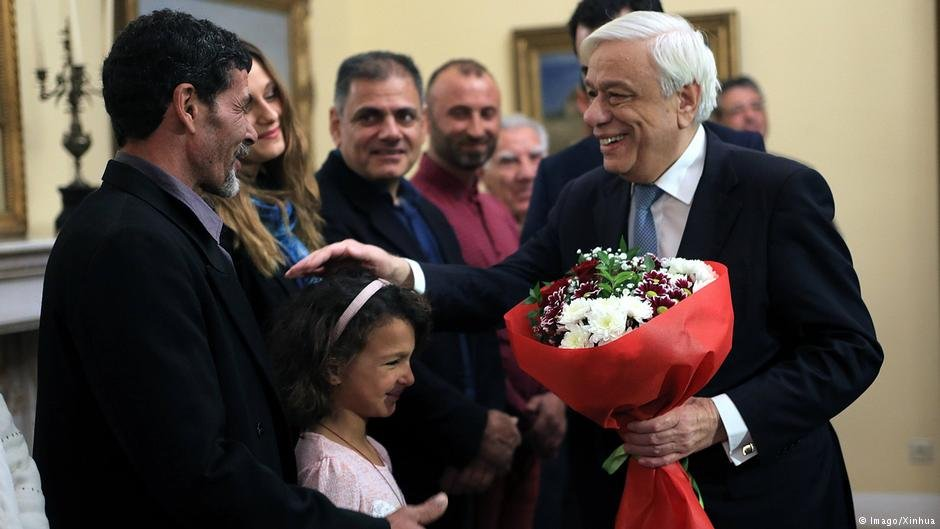 The Greek President Prokopis Pavlopoulos was thankful for thre three men who came to the aid of total strangers during one of the worst wildifres in recent Greek history   Photo: Imago/Xinhua