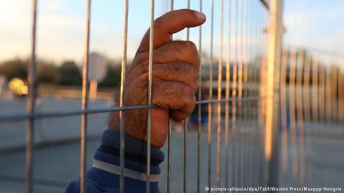 Border Hungary and Austria, 2015 | Photo: Picture-alliance/dpa/Tatif/Wostok Press/Maxppp Hongrie