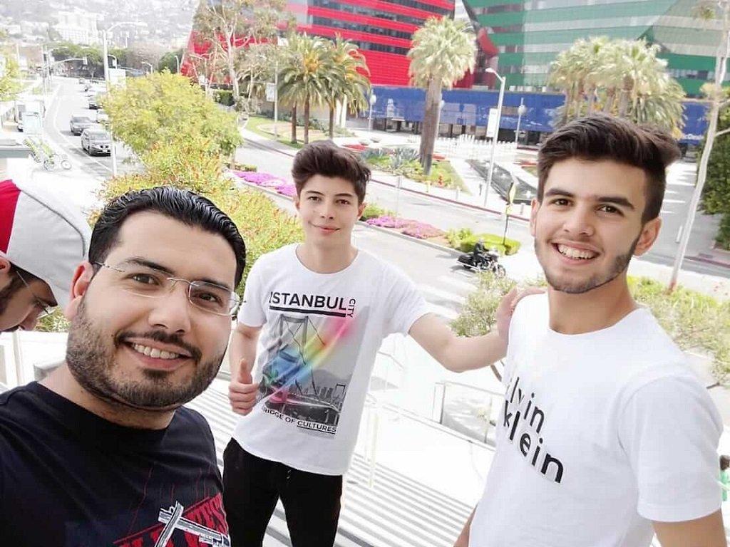 """أعضاء فريق """"أمل سوريا"""". الصورة مأخوذة عن موقع """"First Global"""""""