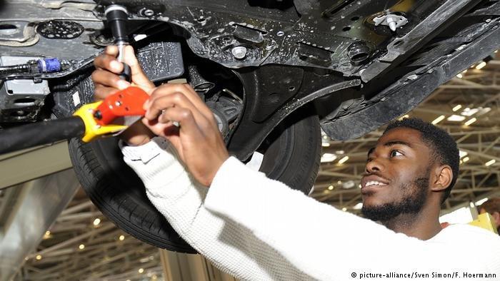 Le marché de l'emploi manque de personnel qualifié et pourrait profiter des compétences des migrants