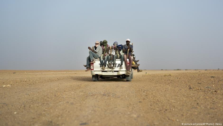 Des migrants expulsés retrouvés par l'OIM. | Photo: picture-alliance/AP Photo/J. Delay