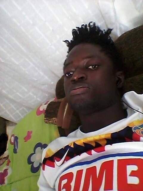 Souleymane un migrant guineen en Libye redoute dtre mis  la rue si il ne parvient plus  payer son loyer Photo  DR