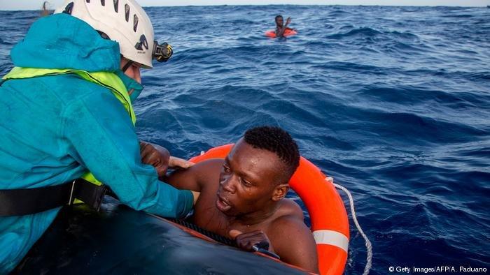 إنقاذ الغرقى في البحر الأبيض المتوسط