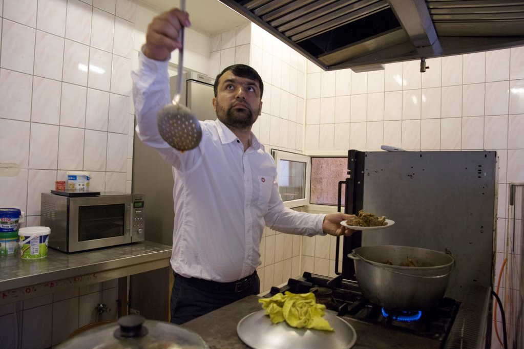 The taste of manti reminds Mohammad of Kabuk, a city he left behind five years ago | Credit: Zivilé Raskauskaite