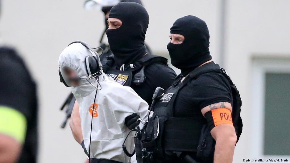 عکس از دویچه وله/ علی ب. مظنون به قتل یک دختر آلمانی میباشد.
