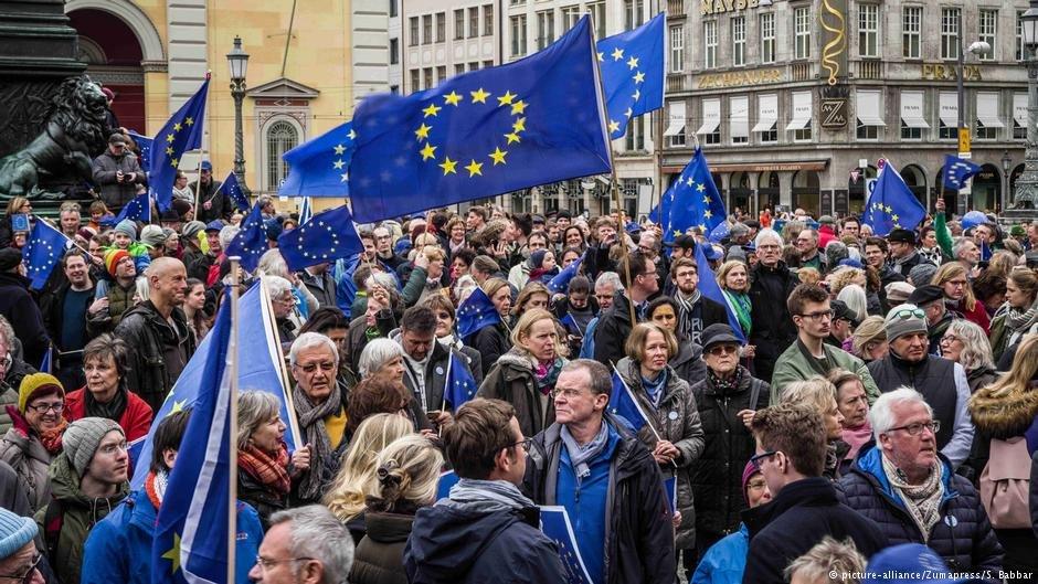 تظاهرات مردم آلمان در همبستگی با مهاجران