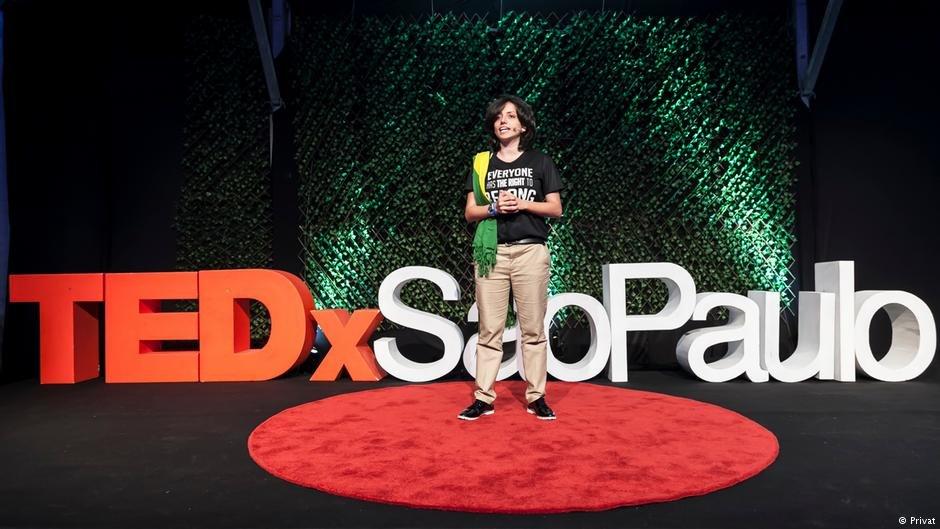 مها مامو في مؤتمر بمدينة سان باولو البرازيلية عام 2018