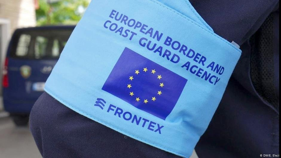Frontex logo on an agents arm  Photo DWE Elezi