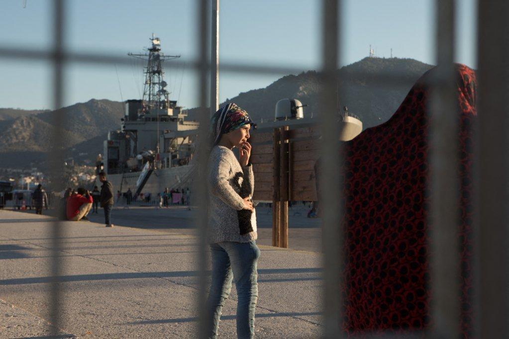 Des migrants arrivant  Lesbos ont t dtenus sur un navire militaire grec mars 2020  Photo picture-allianceabacaD Antoine