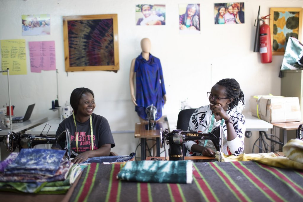 Congolese refugees Mary Jose and Aimee Vwase sew products at RefuSHE in Kenya | Photo: UNHCR for MADE51 / W. Swanson