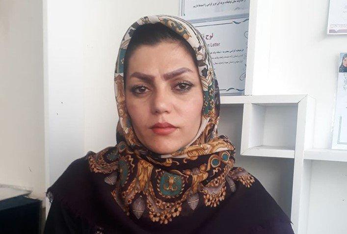 فرزانه میرزایی، بنیانگذار کارگاه تولیدی غزل فروغ در شهر هرات.