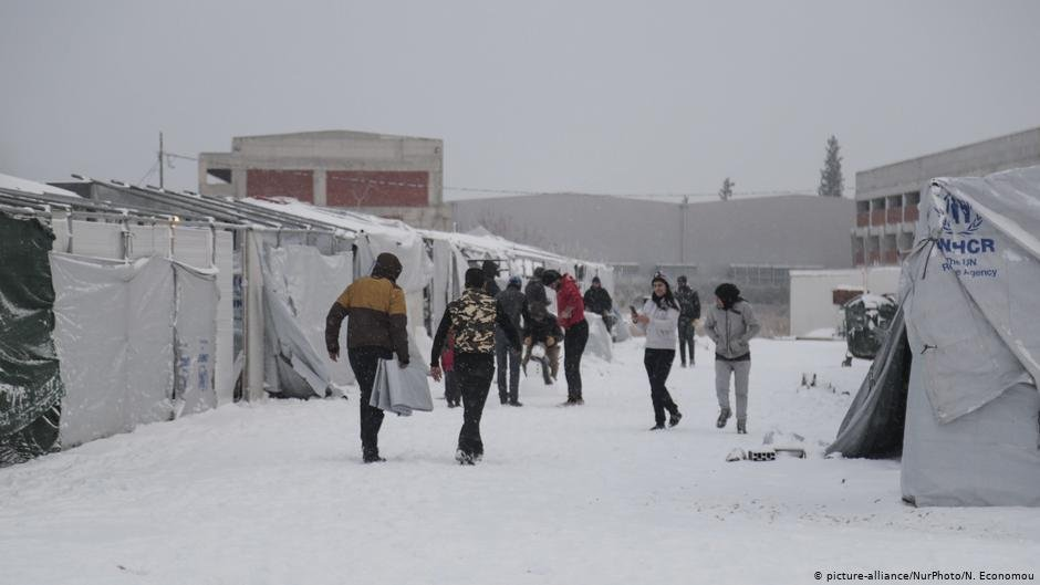 With subzero temperatures looming asylum seekers in Greece are in need of further provisions to make it through the winter  Photo picture-allianceNurPhotoN Economou