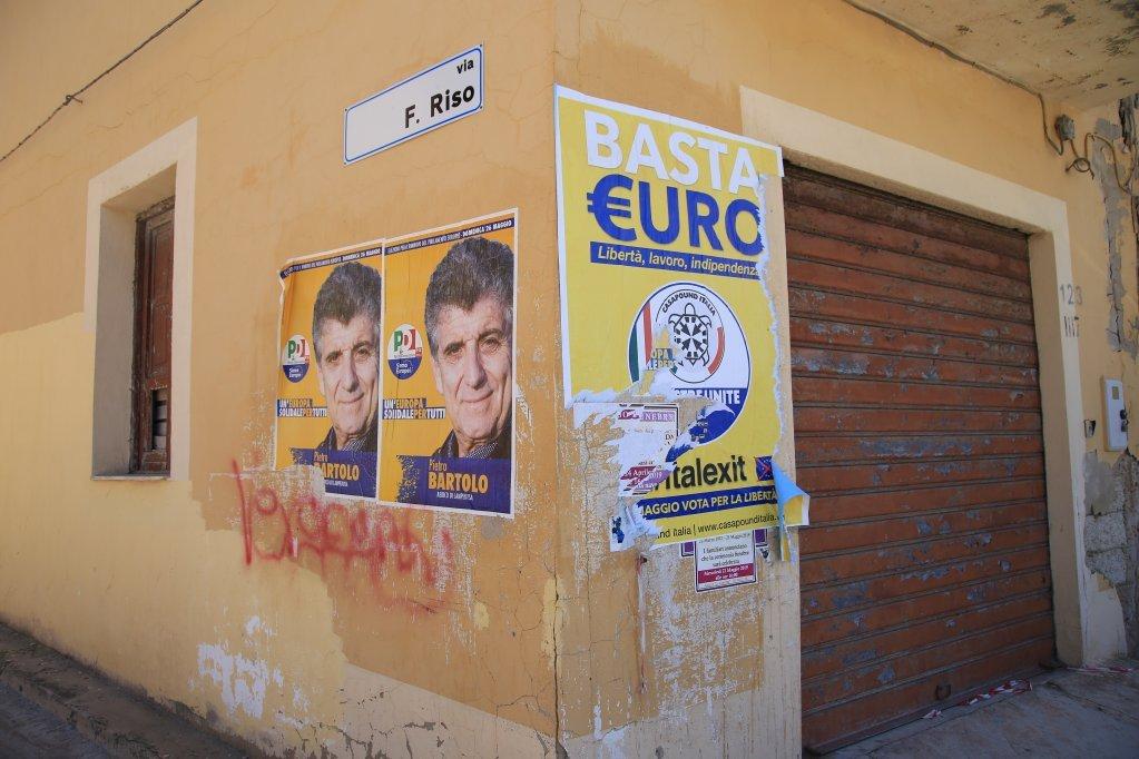 Photo: Ignacio Pereyraدر لمپه دوزا، جناح راست میانه توانست که ۴۵ درصد آرا را در انتخابات پارلمانی اروپا به دست آورد.