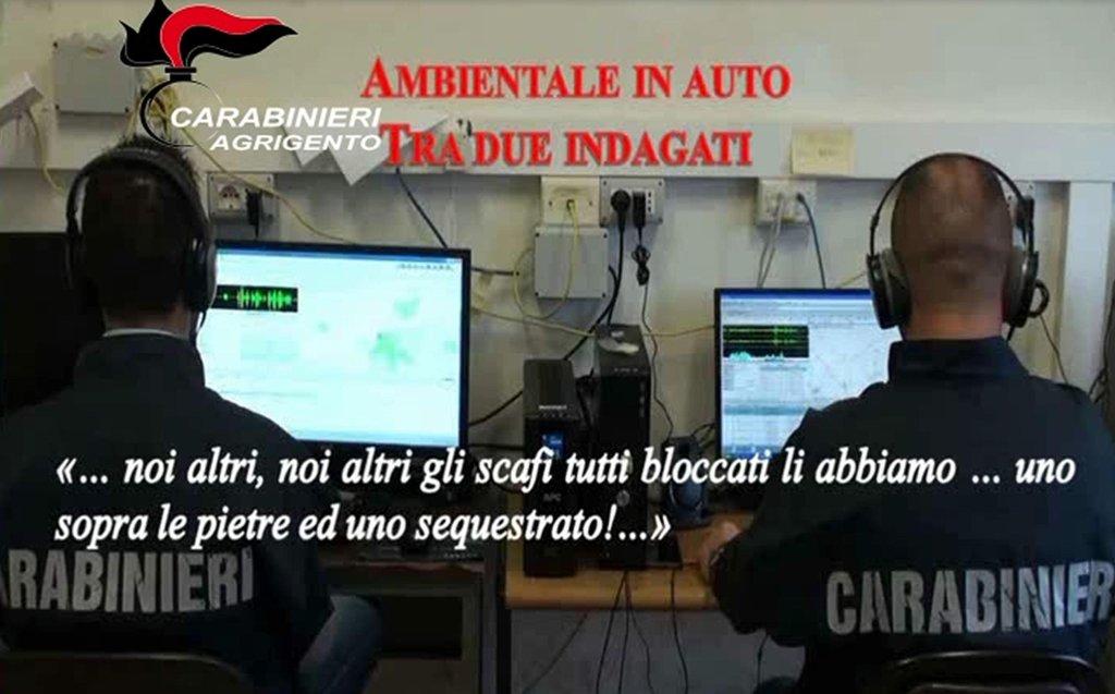"ansa / الشرطة الإيطالية تعرض محادثة لمشتبه به، يقول إن ""كل الزوارق تم توقيفها، واحد على الصخور، والآخر تم احتجازه"". المصدر: أنسا/ الشرطة الإيطالية - الكاربانييري."