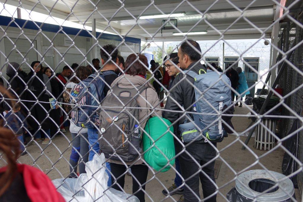 مقام های جزیره ساموس در یونان گفته اند که وضعیت در زمستان پیشرو از کنترول آنان خارج خواهد شد.