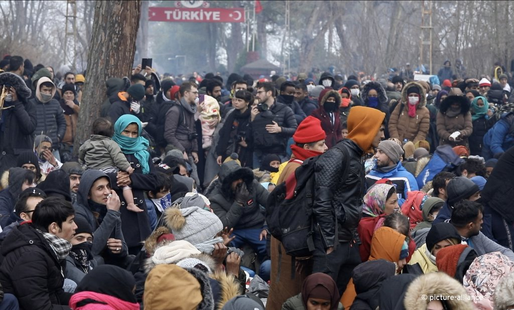 Migrants gather between Pazarkule border gate Edirne Turkey and Kastanies border gate Evros as they try to enter Greece on Saturday February 29 2020  Photo Picture-alliance