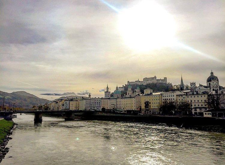 Vue sur le centre-ville de Salzbourg en Autriche. Crédits photo : Anne-Diandra Louarn