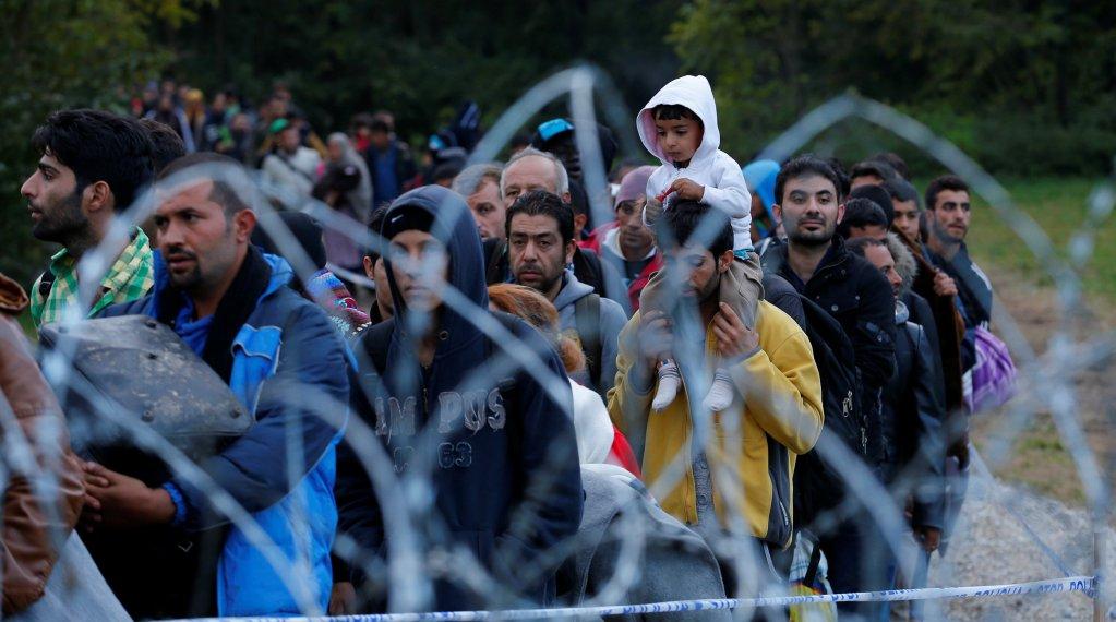 Image d'archives de migrants à la frontière hongroise. Crédit : Reuters