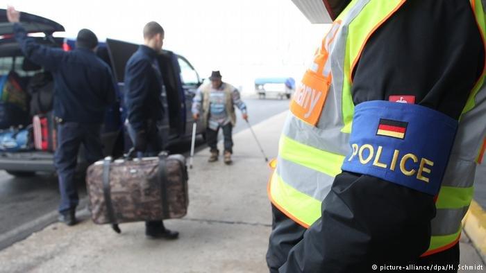 ألمانيا تسعى لإعادة المزيد من طالبي اللجوء المسجلين في دول أوروبية أخرى إليها