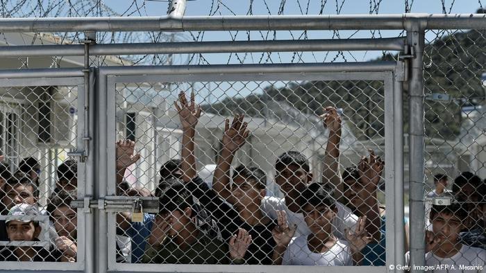 عکس از دویچه وله/ نمای از یکی از اردوگاههای پناهجویان در جزیره لیسبوس یونان.