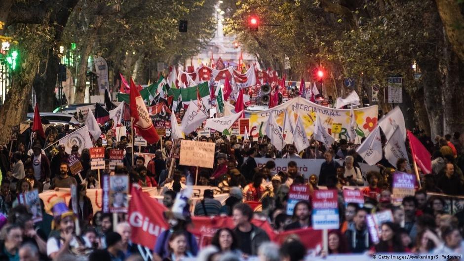 در روم هزاران نفرعلیه سیاست مهاجرت حکومت اعتراض کنند